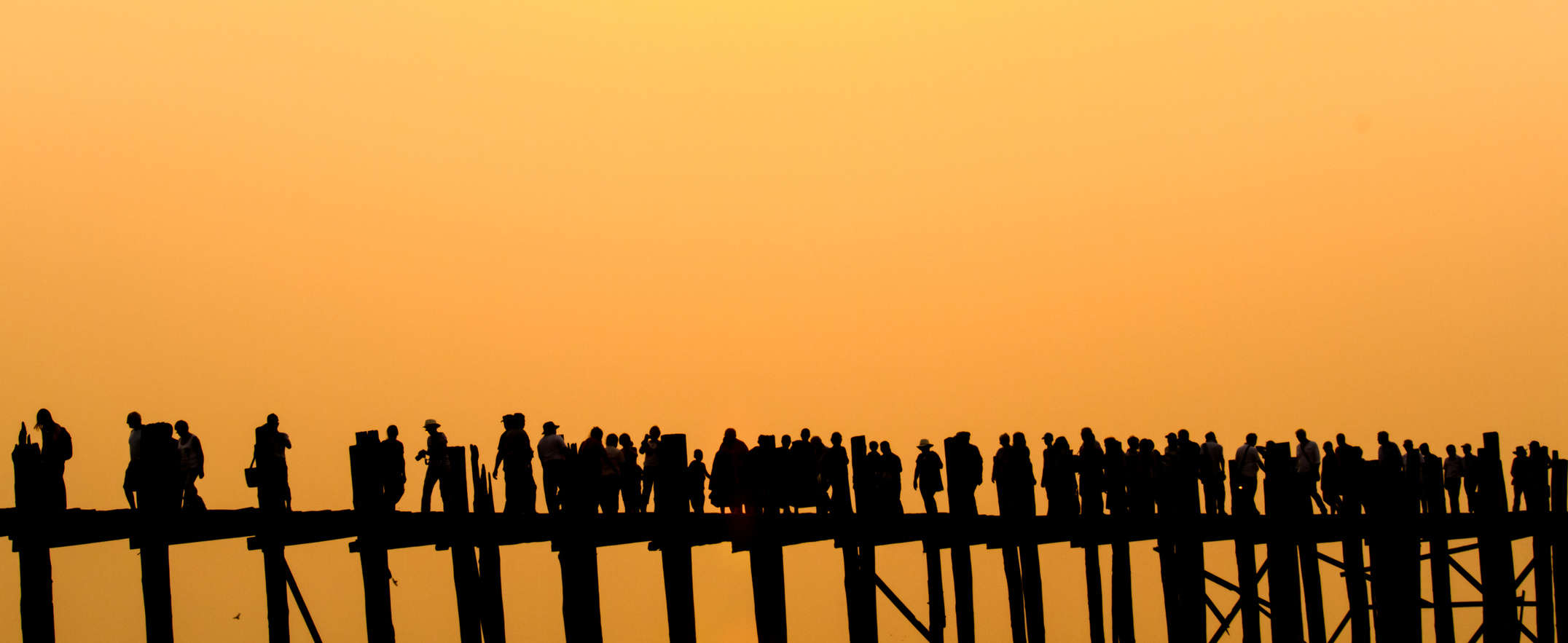 U Bein bridge sunset.